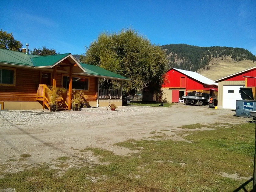 updated-home-on-8-6-acres-for-sale